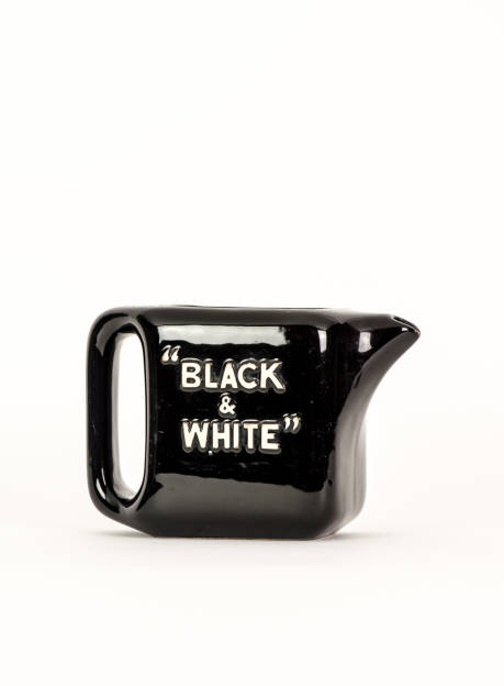 waterjug Black & White